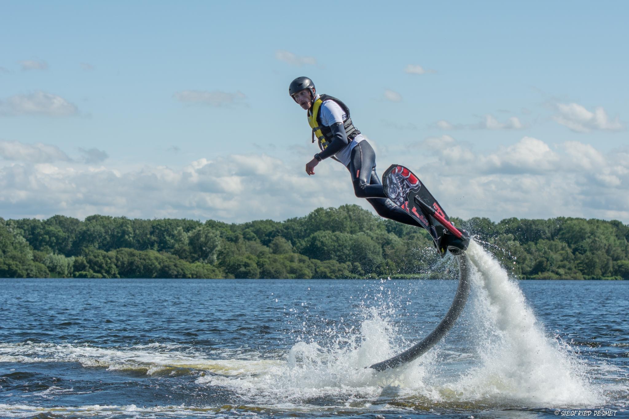 FlyboardWorld hoverboarden Amsterdam Nieuwe Meer scherpe bocht
